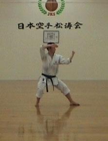 1.2 Джунро-Сандан (Движение 1). Хидари-дзедан-учи-укэ, миги-дзедан-кайшу-укэ