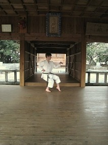 Andre_Bertel_Te-kubi_kake_uke-Kakuyoku-Shodan